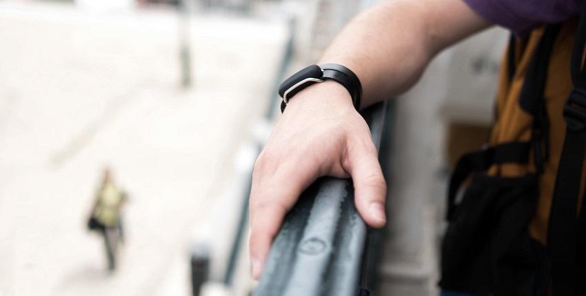 Bond touch bracelet